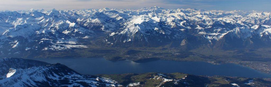 Region Thunersee, Niesen, Berner Oberland by Ballonpilot