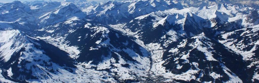 Over Gstaad mit Ballonpilot